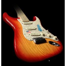 American Deluxe Stratocaster® Ash
